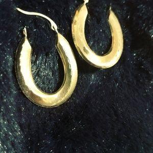 10 kt Gold hoop earrings